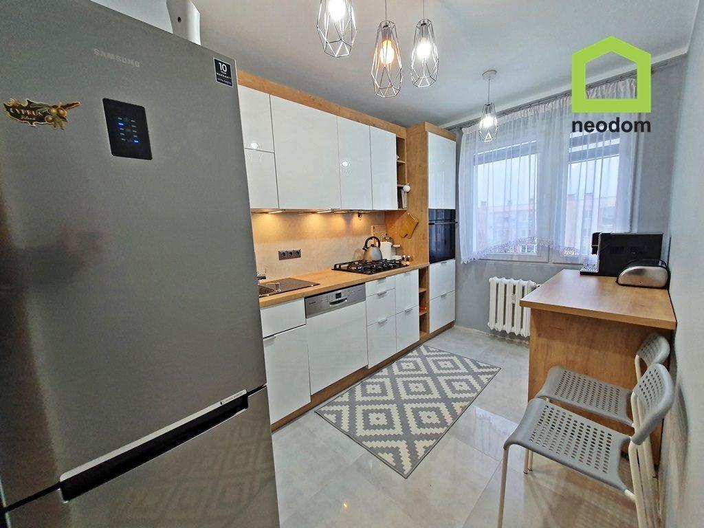 Mieszkanie trzypokojowe na wynajem Kielce, Na Stoku  65m2 Foto 5