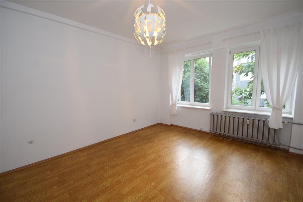Mieszkanie dwupokojowe na sprzedaż Katowice, Śródmieście  72m2 Foto 1