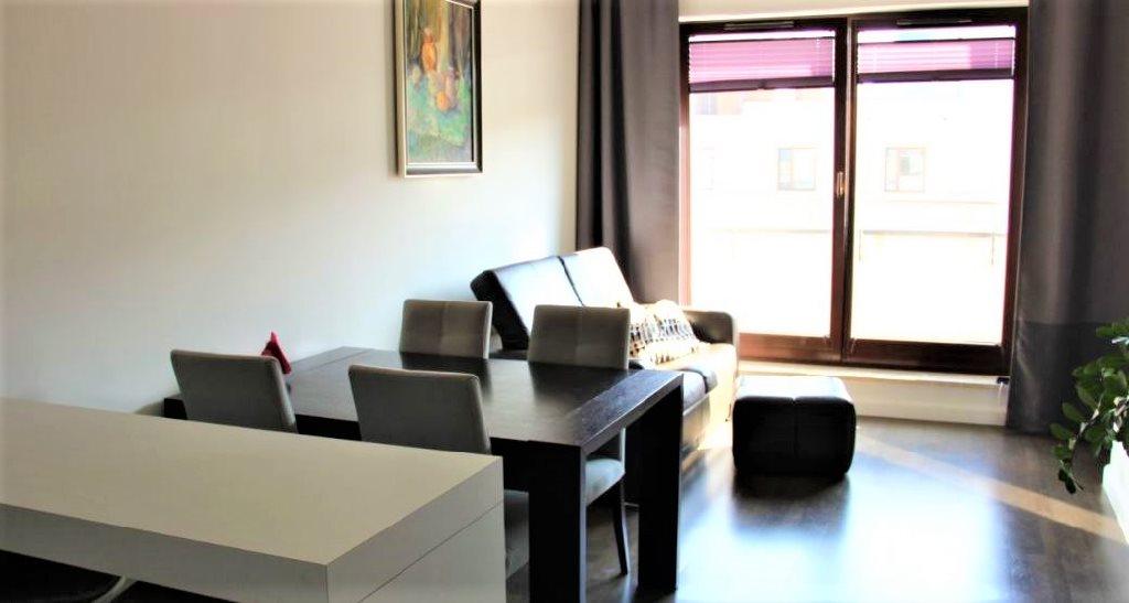 Mieszkanie trzypokojowe na sprzedaż Warszawa, Wilanów, Hlonda  60m2 Foto 2