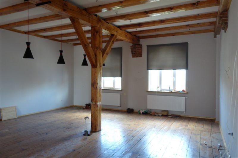 Dom na sprzedaż Bierutów  756m2 Foto 1