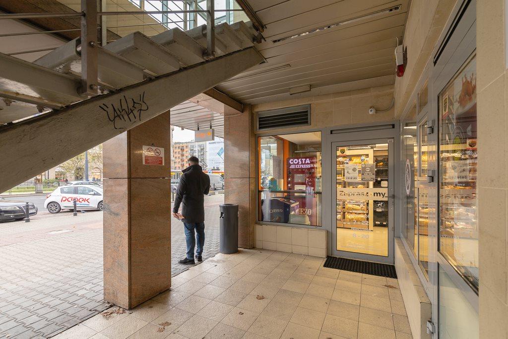 Lokal użytkowy na sprzedaż Warszawa, Wola, al. Jana Pawła II  101m2 Foto 2