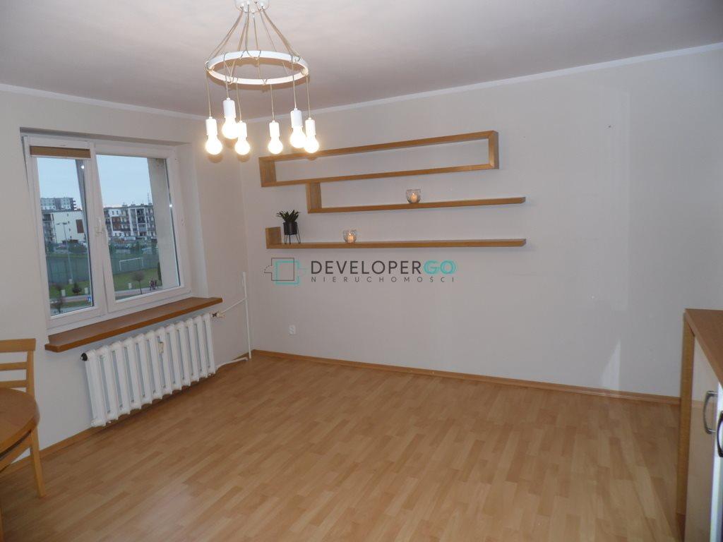 Mieszkanie czteropokojowe  na sprzedaż Suwałki, Ignacego Daszyńskiego  77m2 Foto 2