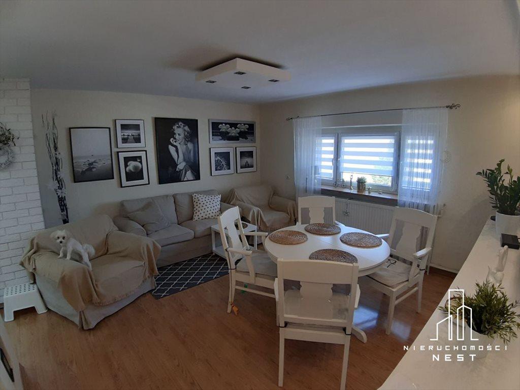 Mieszkanie trzypokojowe na sprzedaż Śrem, MIESZKANIE Z OGRODEM I GARAŻEM SUPER LOKALIZACJA  77m2 Foto 1