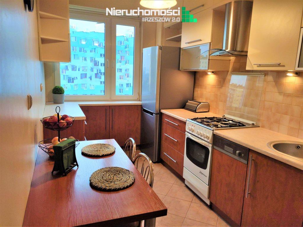 Mieszkanie trzypokojowe na sprzedaż Rzeszów  68m2 Foto 11