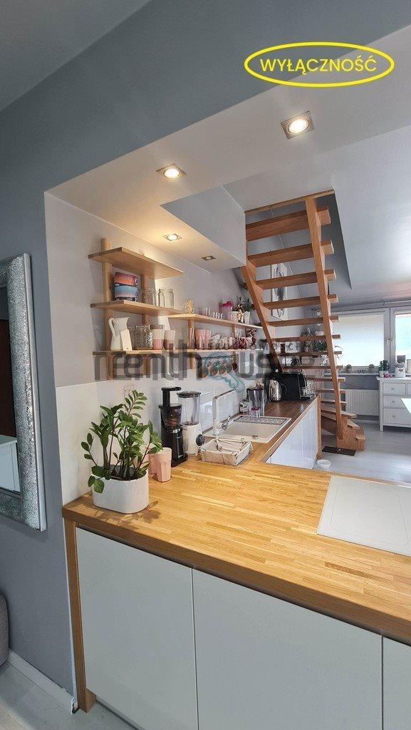 Mieszkanie czteropokojowe  na sprzedaż Bielsko-Biała  75m2 Foto 2