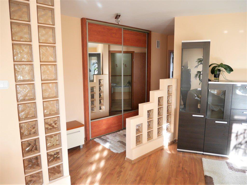 Mieszkanie dwupokojowe na sprzedaż Kielce, Centrum, Stefana Okrzei  54m2 Foto 4