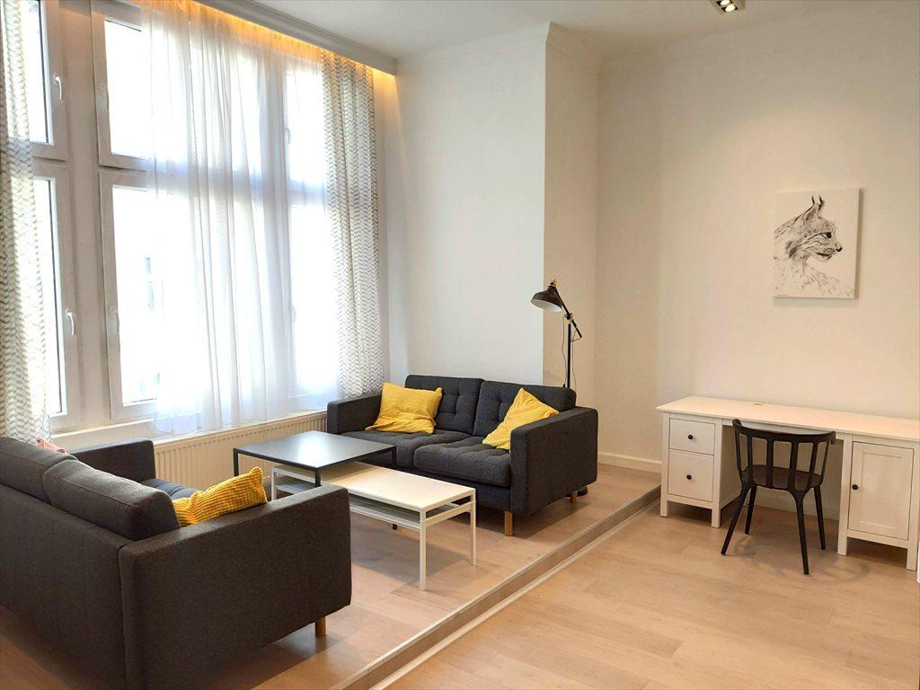 Mieszkanie dwupokojowe na wynajem Gliwice, Śródmieście, Zwycięstwa  56m2 Foto 3