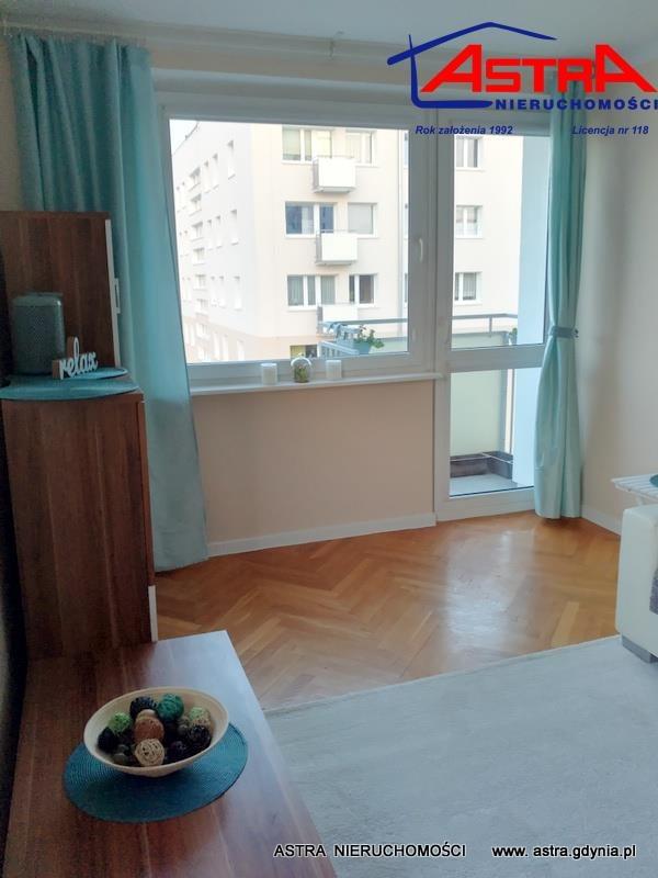 Mieszkanie trzypokojowe na wynajem Gdynia, Wzgórze Świętego Maksymiliana, Matejki Jana  54m2 Foto 2