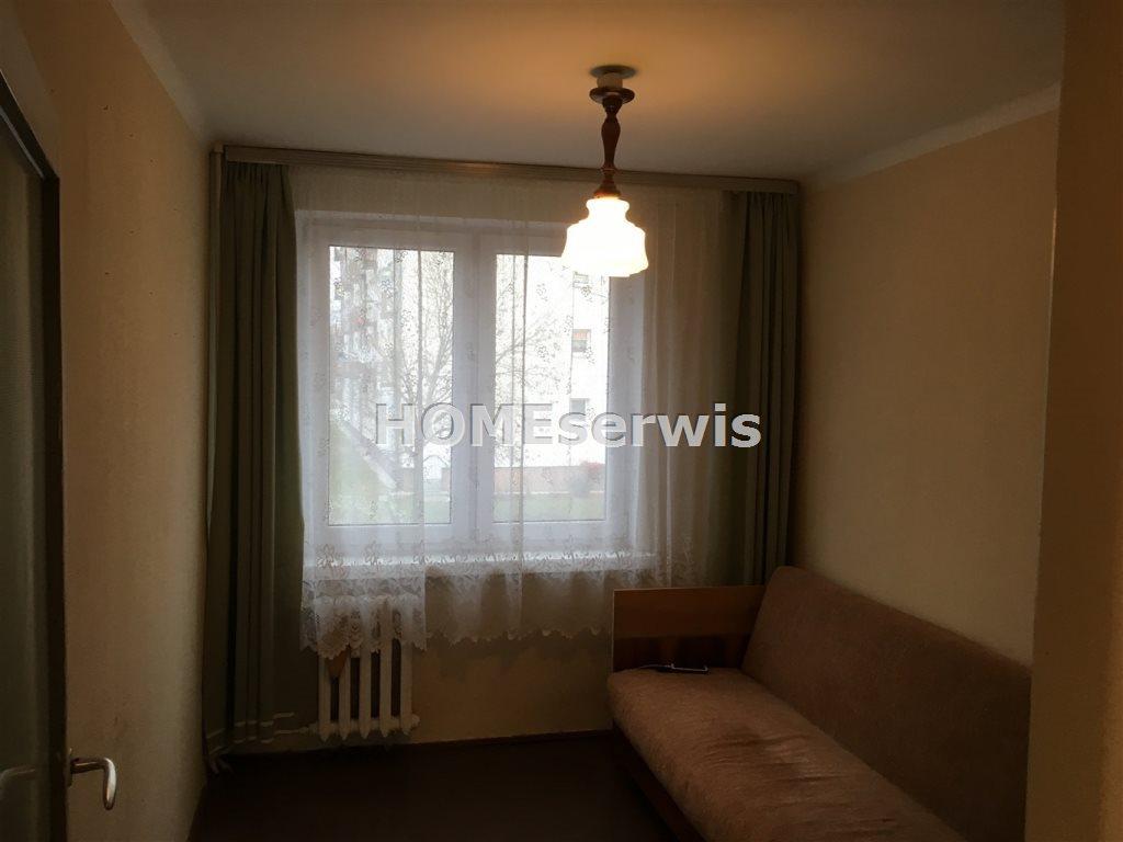 Mieszkanie trzypokojowe na sprzedaż Ostrowiec Świętokrzyski  58m2 Foto 3