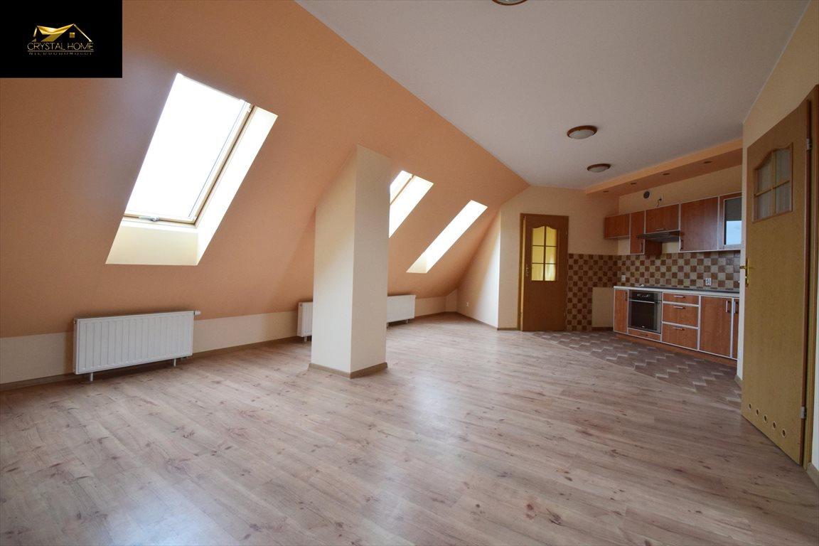 Mieszkanie trzypokojowe na sprzedaż Świebodzice  39m2 Foto 1