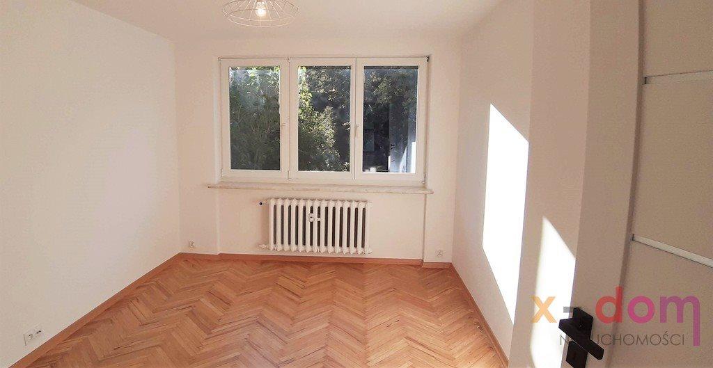 Mieszkanie trzypokojowe na sprzedaż Kielce, Ksm  53m2 Foto 2