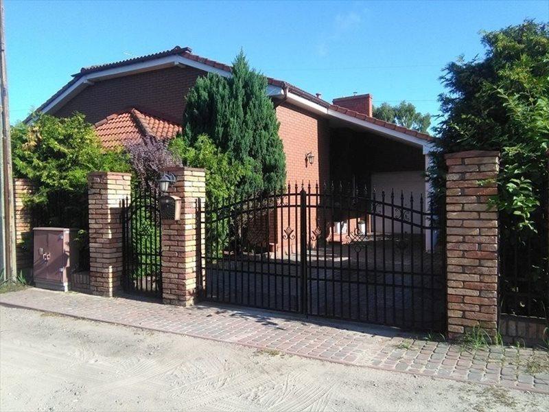 Dom na sprzedaż Wiórek, Wiórek  260m2 Foto 1