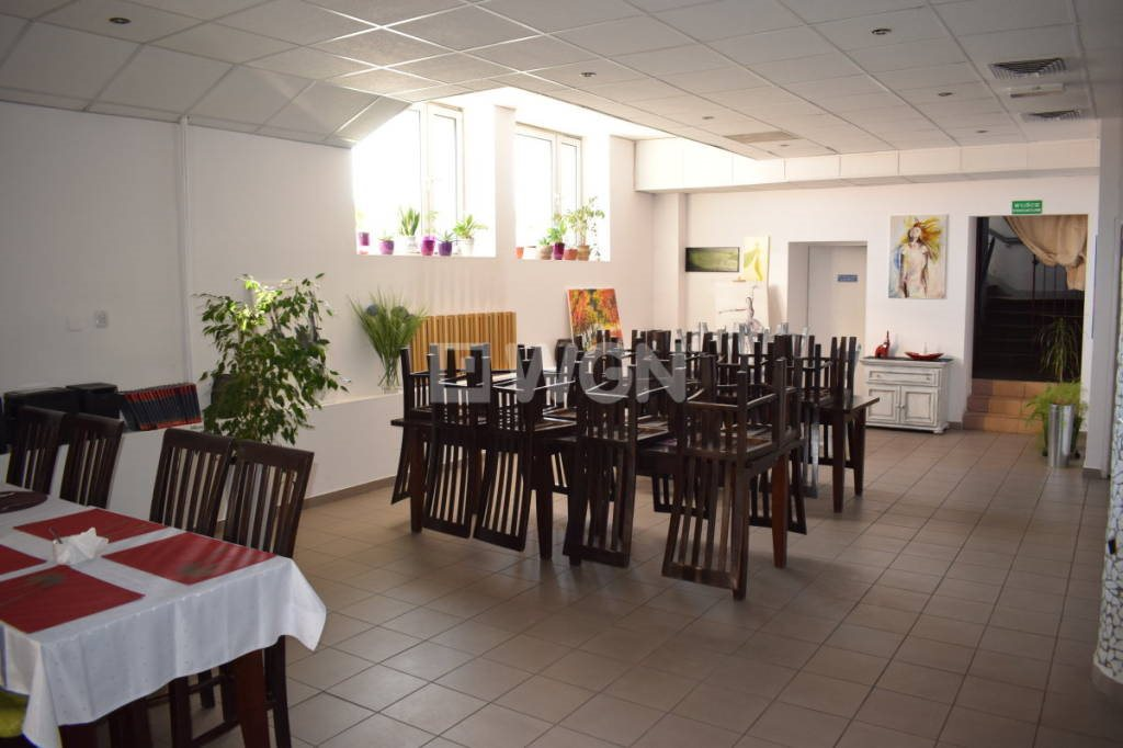 Lokal użytkowy na sprzedaż Ostrów Wielkopolski, miasto Ostrów Wlkp.  300m2 Foto 10