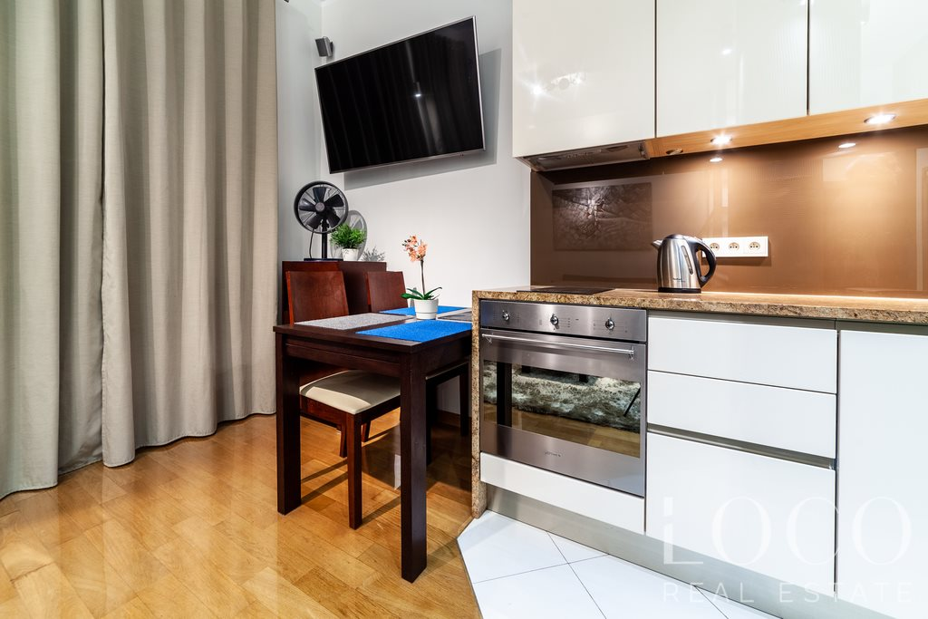 Mieszkanie dwupokojowe na wynajem Warszawa, Śródmieście, Krakowskie Przedmieście  41m2 Foto 4