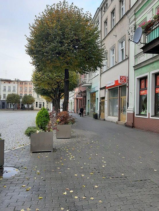 Lokal użytkowy na wynajem Leszno, Rynek, Rynek  65m2 Foto 1