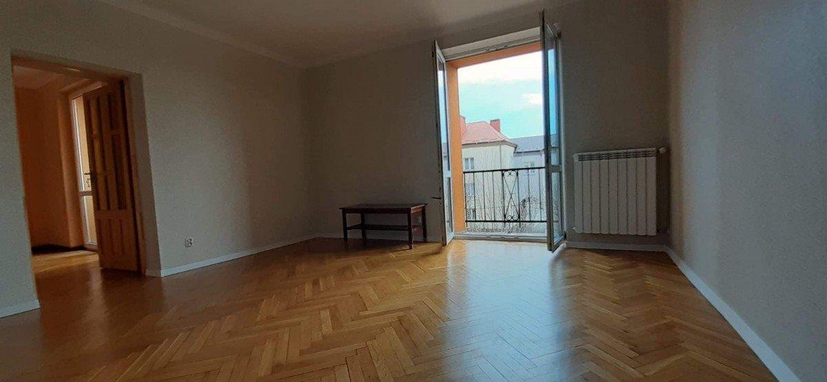 Mieszkanie dwupokojowe na sprzedaż Skarżysko-Kamienna, Milica, Południowa  51m2 Foto 2