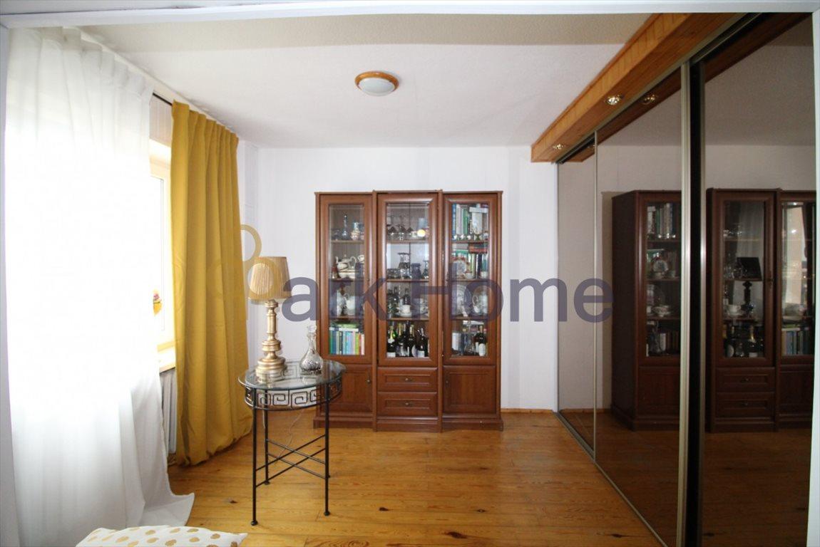 Mieszkanie czteropokojowe  na sprzedaż Leszno, Grunwald, Grunwaldzka  79m2 Foto 3