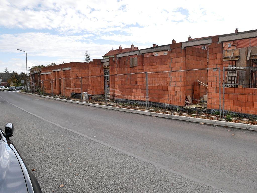 Działka budowlana na sprzedaż Nowogrodziec, 1 Maja  700m2 Foto 3