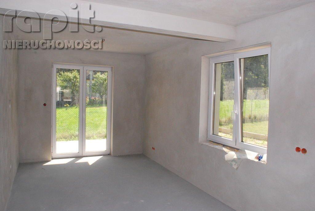 Mieszkanie trzypokojowe na sprzedaż Krzyszkowice  54m2 Foto 1