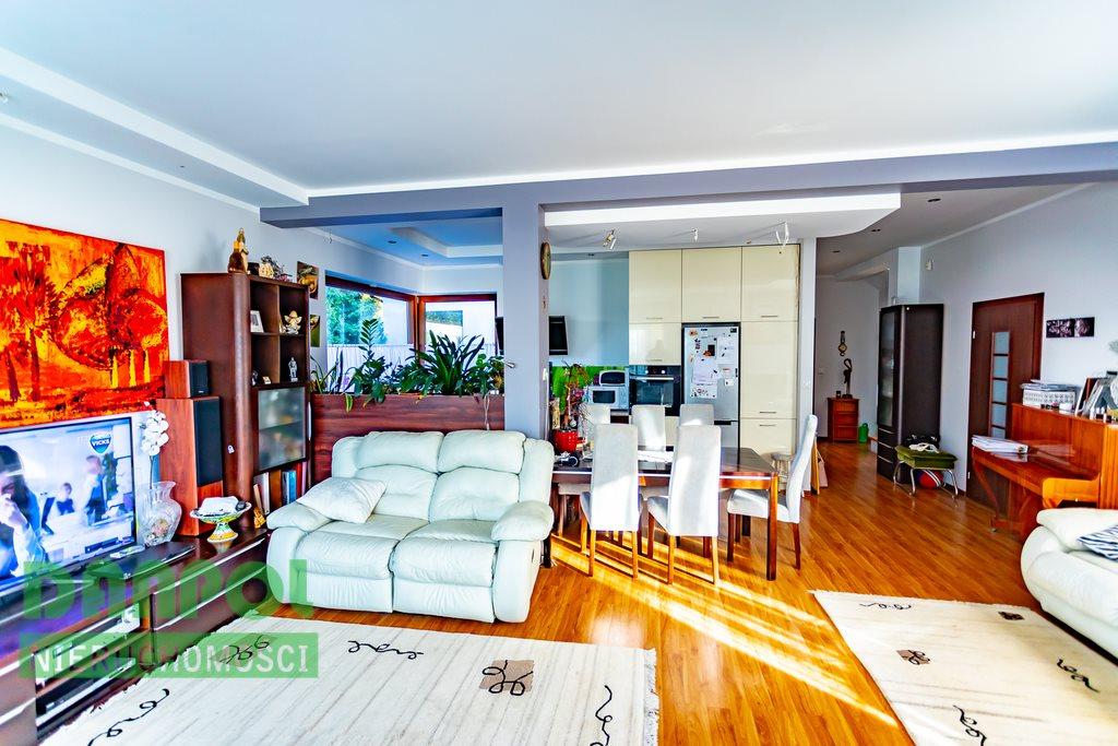 Dom na sprzedaż Pilchowo  327m2 Foto 1