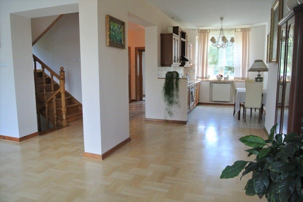 Dom na sprzedaż Kielce, Centrum  216m2 Foto 9