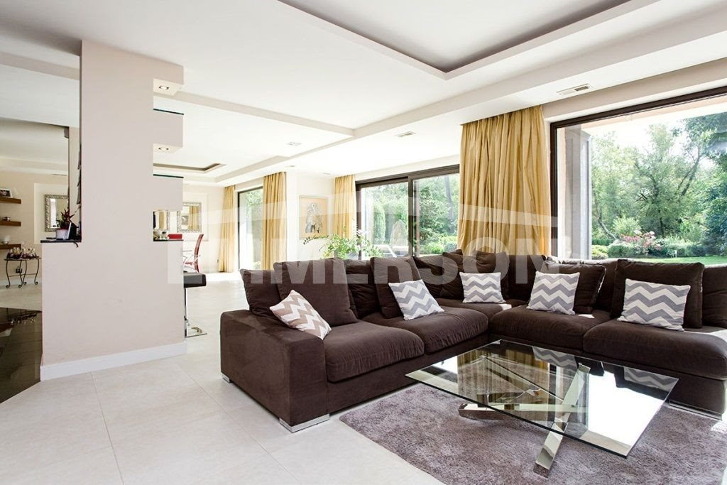 Dom na wynajem Piaseczno  560m2 Foto 1