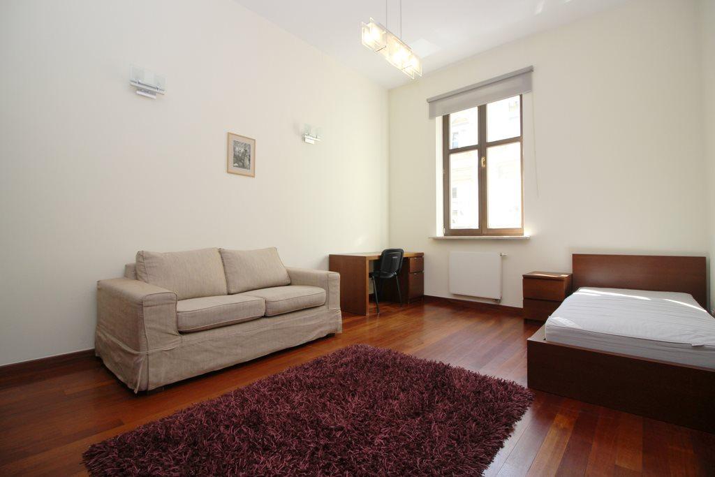 Mieszkanie czteropokojowe  na wynajem Kraków, Stare Miasto, Stare Miasto, Krupnicza  160m2 Foto 4