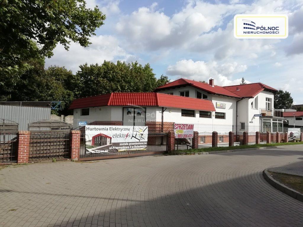 Lokal użytkowy na sprzedaż Bolesławiec  617m2 Foto 1