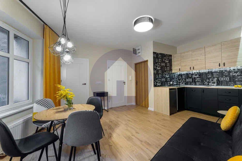 Mieszkanie dwupokojowe na sprzedaż Kłodzko  38m2 Foto 3