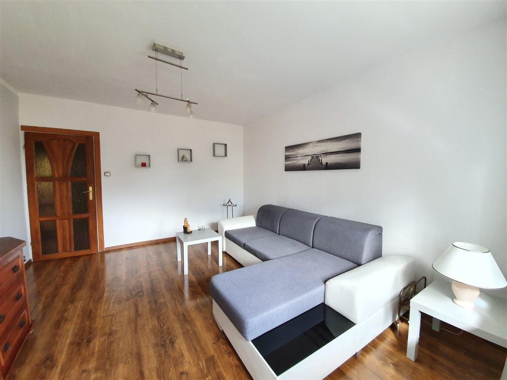 Mieszkanie trzypokojowe na sprzedaż Rumia, Janowo  60m2 Foto 3