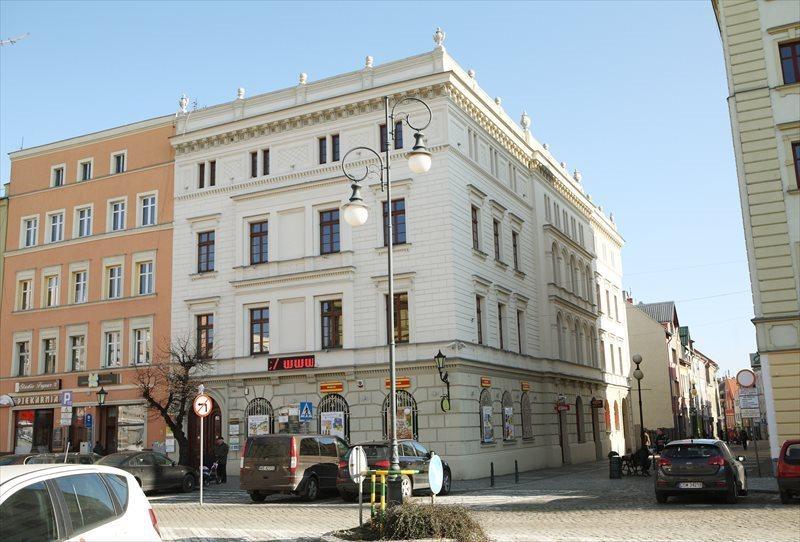 Lokal użytkowy na wynajem Dzierżoniów, Rynek 55  22m2 Foto 1