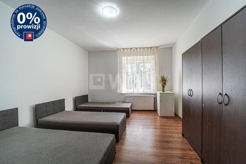 Mieszkanie dwupokojowe na sprzedaż Szczytnica, Centrum  49m2 Foto 3