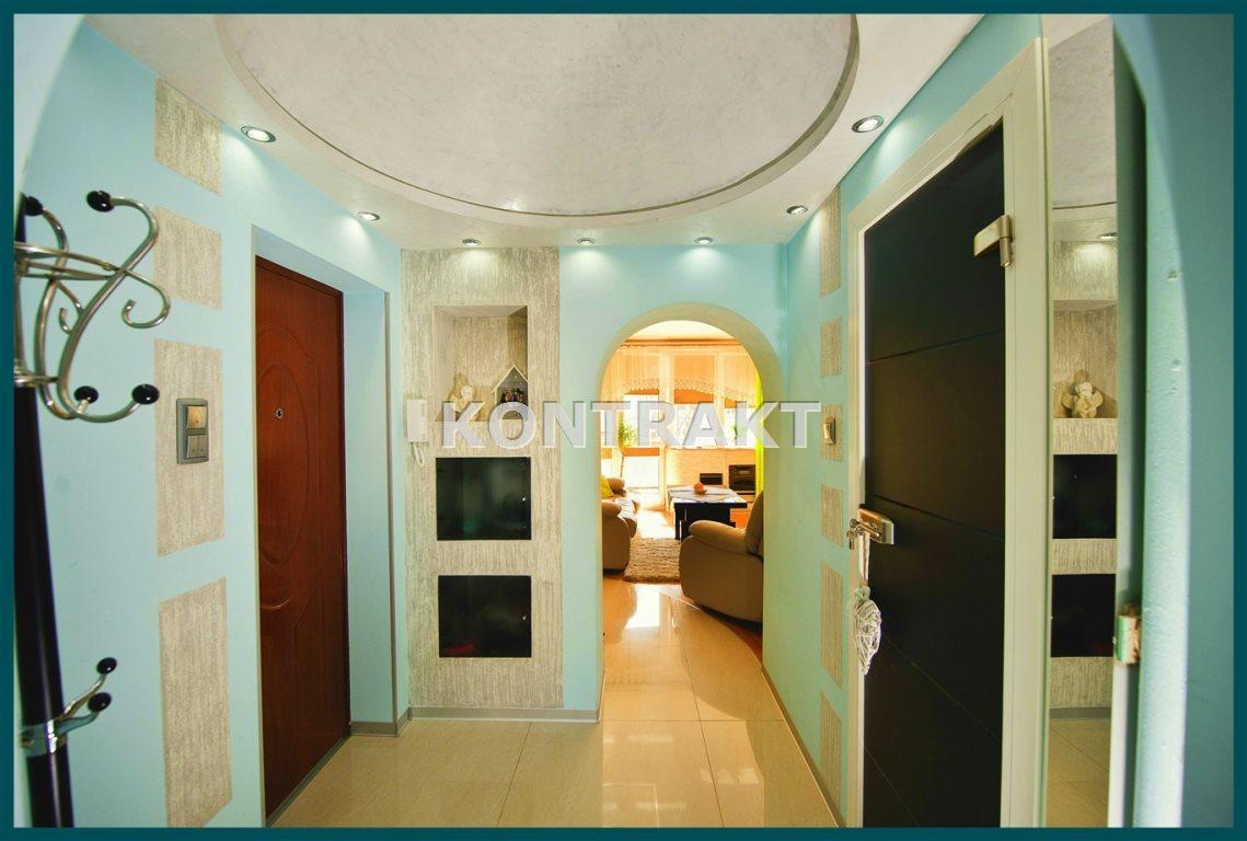 Mieszkanie dwupokojowe na sprzedaż Brzeszcze  62m2 Foto 1