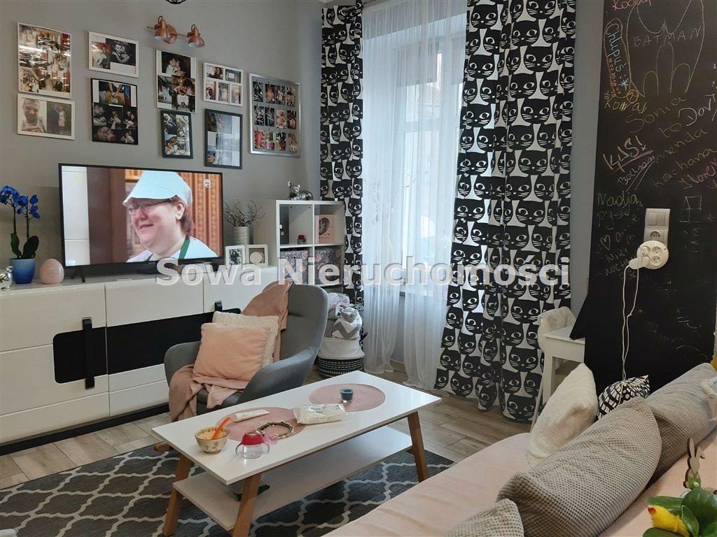 Mieszkanie dwupokojowe na sprzedaż Wałbrzych, Podgórze  50m2 Foto 1