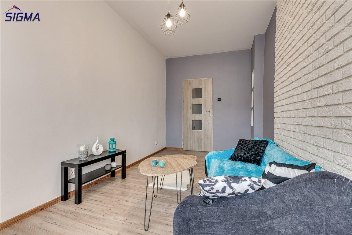 Mieszkanie dwupokojowe na sprzedaż Bytom, Centrum  53m2 Foto 5