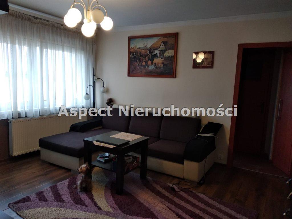 Mieszkanie trzypokojowe na sprzedaż Rędziny  50m2 Foto 1