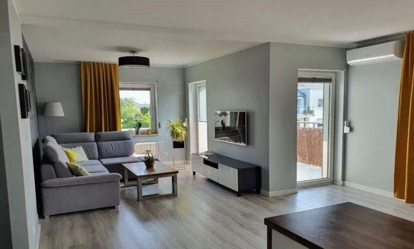 Mieszkanie trzypokojowe na sprzedaż Tarnowo Podgórne  66m2 Foto 1