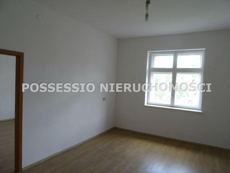 Mieszkanie trzypokojowe na sprzedaż Strzegom  75m2 Foto 1