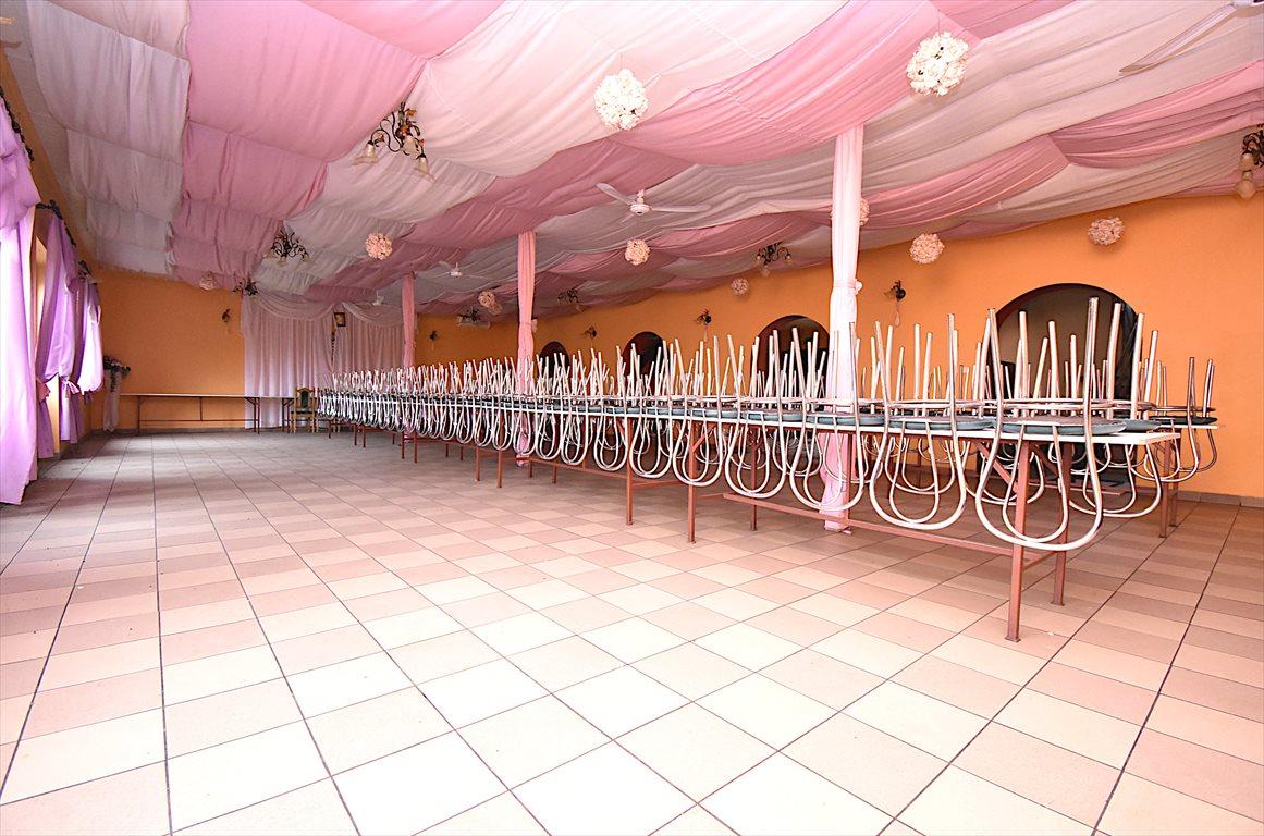Lokal użytkowy na sprzedaż Zwoleń  550m2 Foto 2