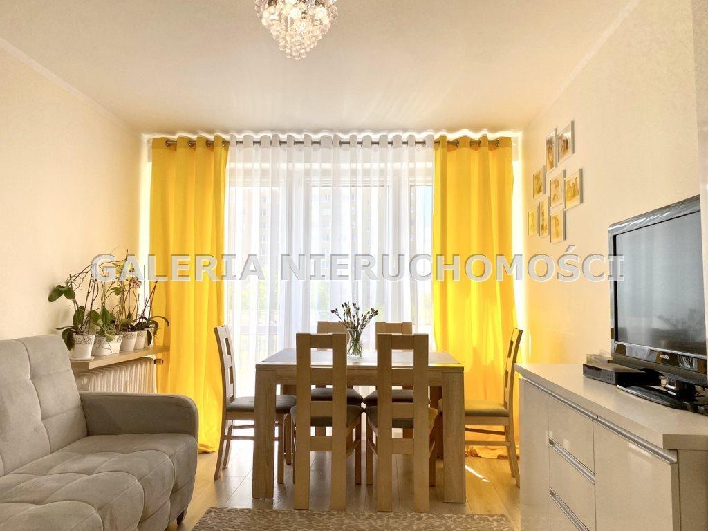 Mieszkanie trzypokojowe na sprzedaż Olsztyn, Dworcowa  48m2 Foto 1