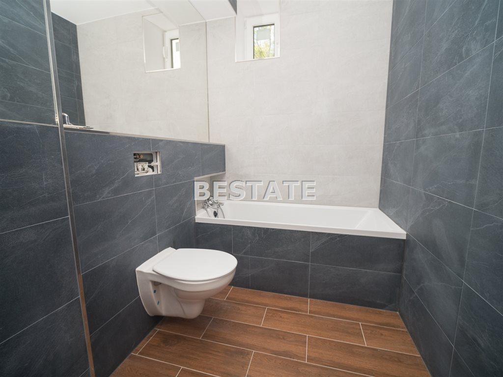 Mieszkanie dwupokojowe na sprzedaż Tarnów  72m2 Foto 1