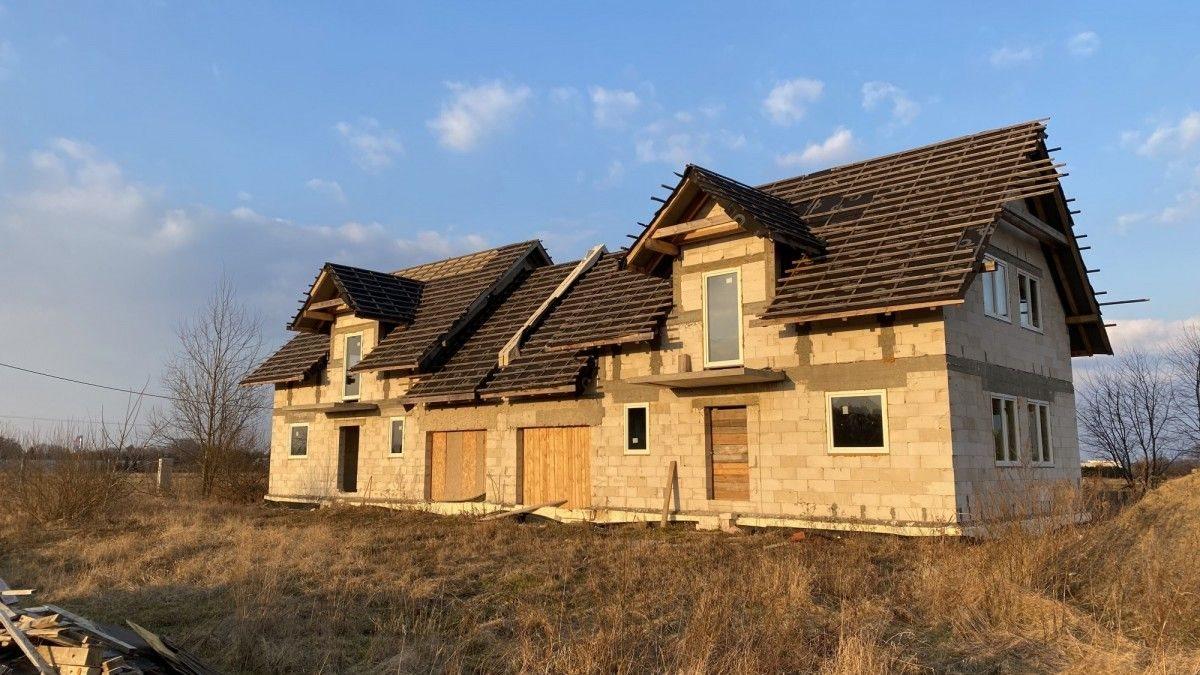 Dom na sprzedaż Urzut  150m2 Foto 1