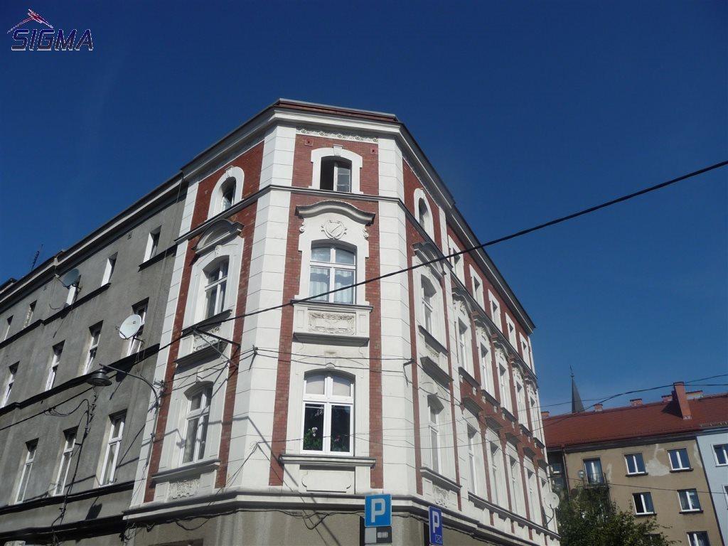 Mieszkanie trzypokojowe na sprzedaż Bytom, Centrum  102m2 Foto 1