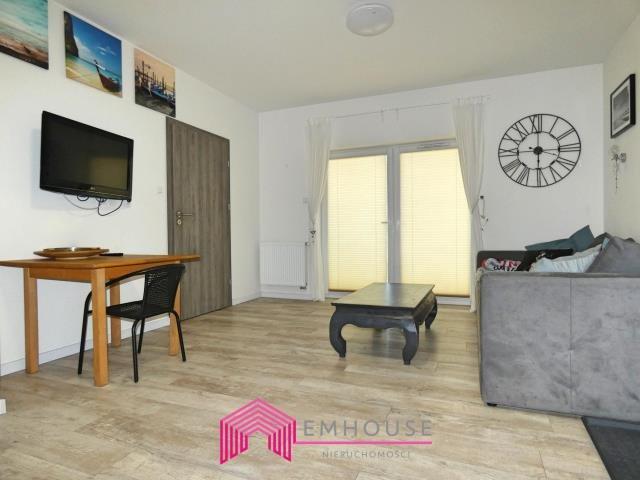 Mieszkanie dwupokojowe na sprzedaż Sianożęty  40m2 Foto 3