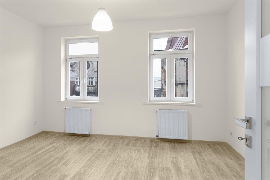 Mieszkanie trzypokojowe na sprzedaż Bytom, Centrum, Katowicka  73m2 Foto 5