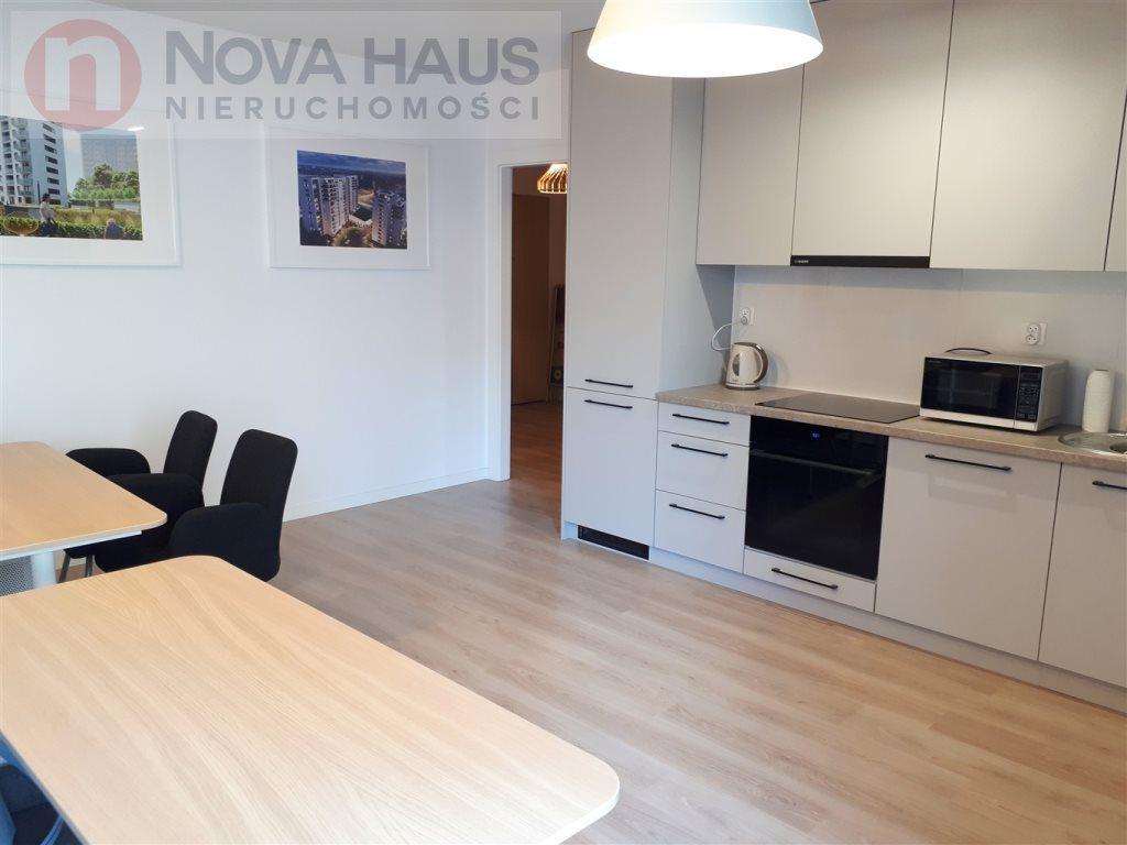 Mieszkanie dwupokojowe na sprzedaż Poznań, Winogrady  46m2 Foto 1