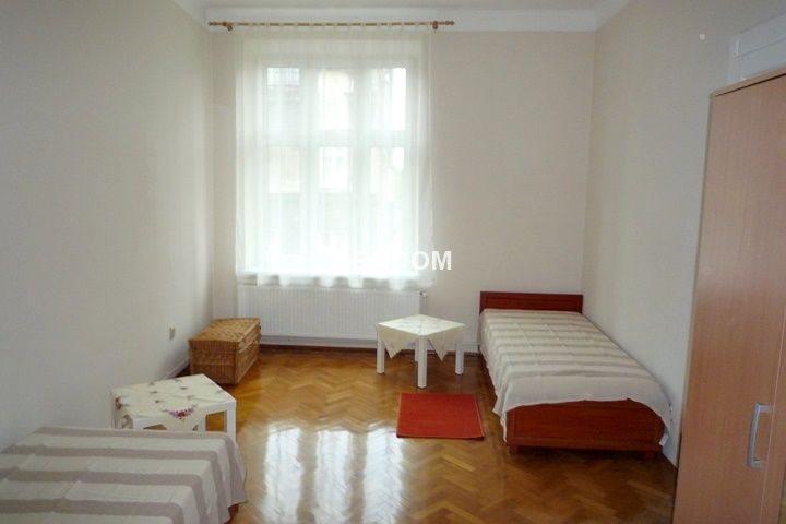 Mieszkanie czteropokojowe  na wynajem Kraków, Stare Miasto, Kleparz, Krowoderska  90m2 Foto 1