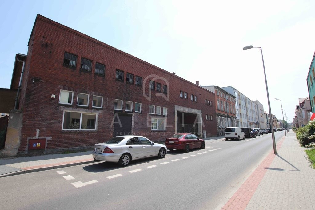 Lokal użytkowy na sprzedaż Świdwin  1884m2 Foto 2