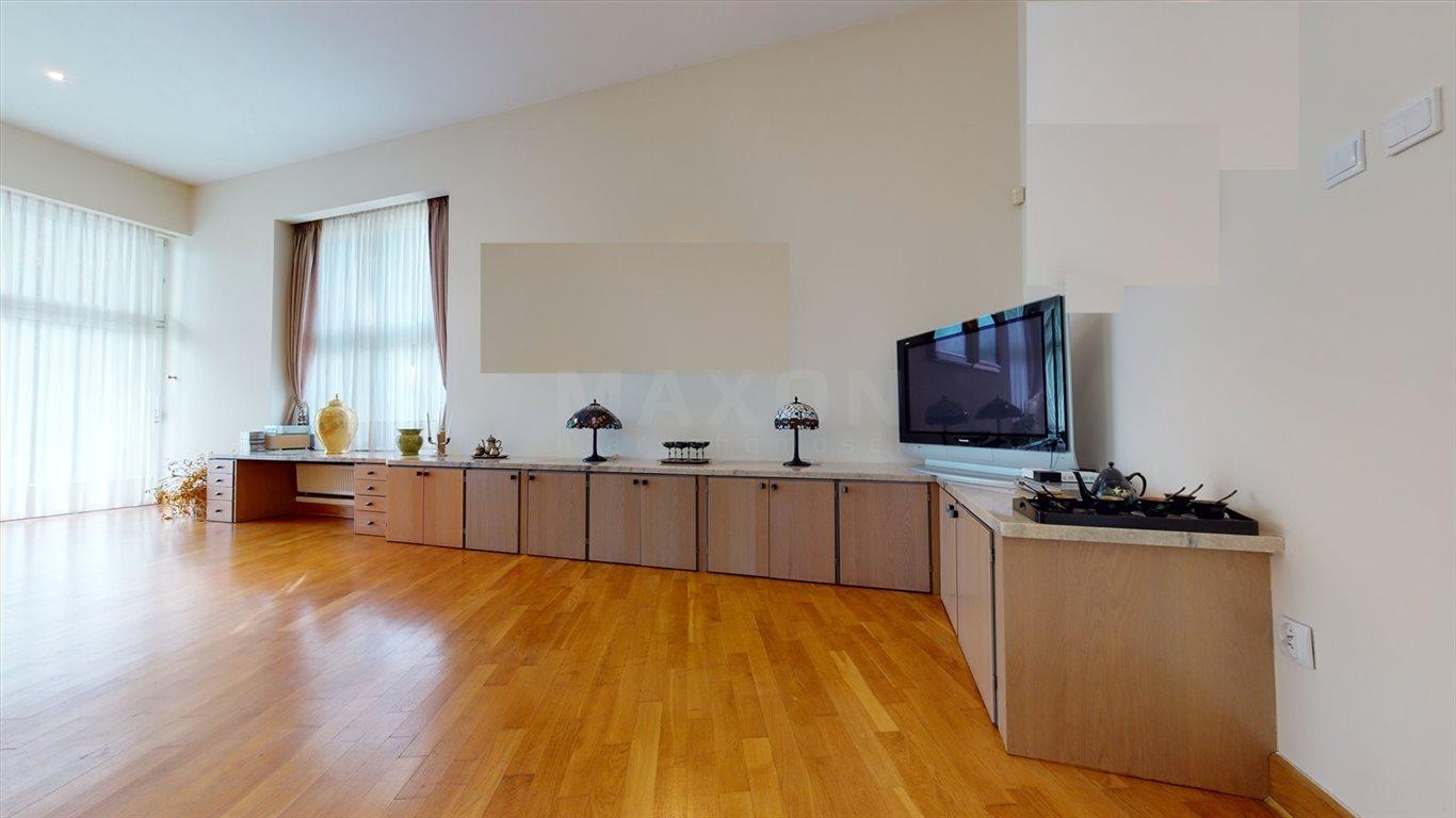 Dom na sprzedaż Laski  580m2 Foto 8