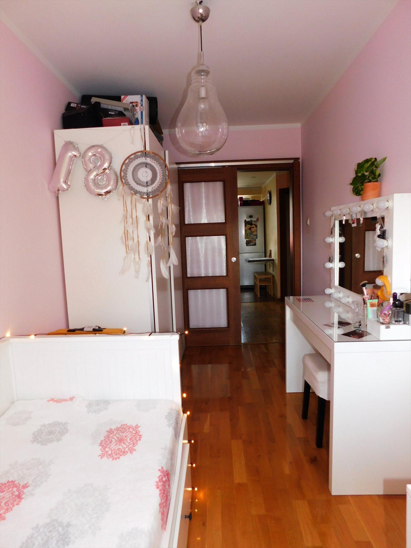 Mieszkanie czteropokojowe  na sprzedaż Giżycko, Moniuszki  57m2 Foto 7